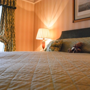 Bed_Bear_AgathaChristie_Rooms_Draycott