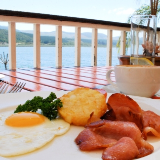 Breakfast_With_View_CloseUp_Food_LPL