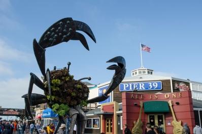 FishermansWharfEntrance_Crab_Pier39_AmericanFlag_70_SanFrancisco_KAB-2