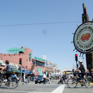 FishermansWharfSign_Bikers_12_SanFrancisco_KAB-2