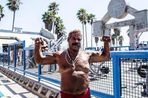 MuscleBeach_OldBodyBuilder_Venice_KAB
