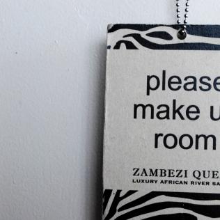PleaseMakeUpRoom_Sign_Detail_Room_ZambeziQueen