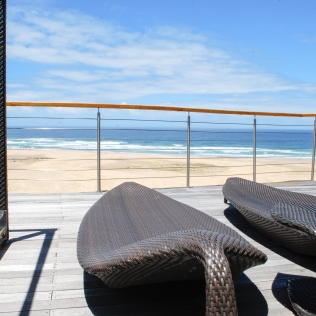 SunChairs_Deck_PrivateBeach_Activities_Oceana