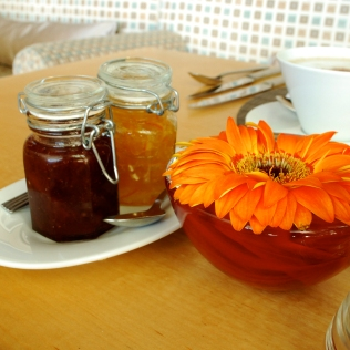 TableSetting_Jam_Flower_Detail_Food_ShamwariTownhouse