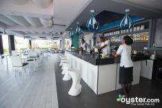 aqua-bar--v4650533-2000