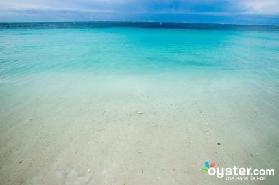 beach--v3558766-2000