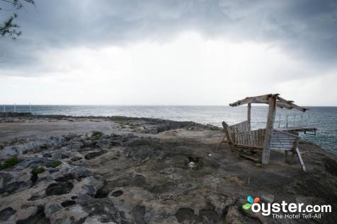beach--v4649270-2000