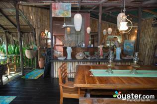citronella-restaurant--v4647834-2000