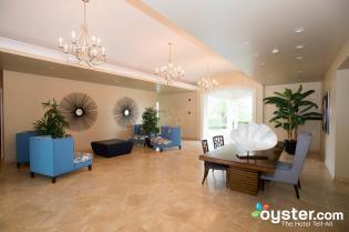 lobby--v3560752-2000