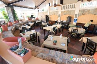 mangos-restaurant--v5519737-2000