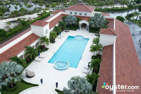 pool--v3560942-2000